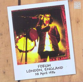 Front Row Club Issue 09 (Forum, London, England, 28 April 1996)
