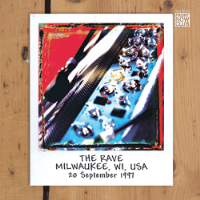 Front Row Club Issue 31 (The Rave Milwaukee, WI, USA 20 September 1997)